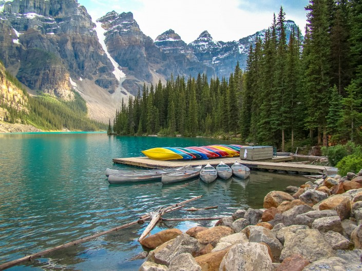 Moraine Lake, Banff National Park, Alberta Canada